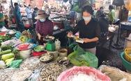 Xét nghiệm nhanh COVID-19 hằng tuần cho người làm việc, bán hàng tại các chợ