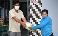 Tình người nơi tuyến đầu phòng chống dịch COVID-19: Sài Gòn, những trái tim sẻ chia
