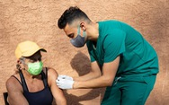 Cơ quan quản lý dược của Mỹ - FDA: Chưa cần tiêm nhắc lại vắc xin COVID-19