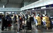 Bảo vệ các hãng hàng không, đừng hy sinh lợi ích của hành khách