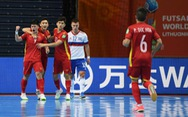 Ấn tượng Futsal Việt Nam: 'Hết mình vì màu cờ, làm quà gửi quê nhà'