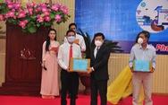 Tiếp nhận hơn 25 tỉ đồng hỗ trợ học sinh Bình Phước học trực tuyến