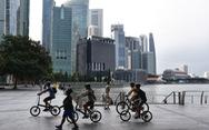 Mỹ cảnh báo tránh 'đi lại không cần thiết' đến Singapore vì COVID-19 tăng cao