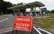 Các trạm xăng ở Anh cạn kiệt nguồn nhiên liệu