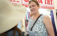 Chợ Bình Tây nhộn nhịp trong ngày đầu tiên trở lại hoạt động