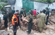 Sạt lở nghiêm trọng xảy ra nhiều nơi ở Nha Trang, 13 người chết và mất tích