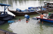 Đã trục vớt hết 26.000 lít axit chìm dưới sông Đồng Nai