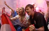 Dân Croatia ra đường mừng đội tuyển lần đầu vào chung kết World Cup