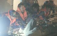 Video: Cảnh sát biển đưa ngư dân vào đất liền cấp cứu