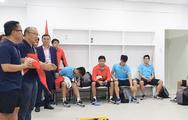 Video: HLV Park Hang Seo bày tỏ sự tự hào và căn dặn các cầu thủ trong phòng thay đồ