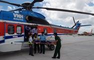 Video: 12 giờ đưa bệnh nhân từ đảo Sơn Ca về đất liền cấp cứu