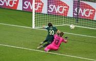 Video 'cười không ngớt' với sai lầm của thủ môn ở World Cup nữ