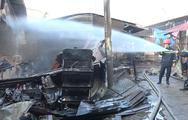 Cháy lớn tại chợ Cây Xăng, hai bà cháu ngủ quên được cứu thoát