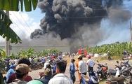 Cháy lớn tại công ty chuyên sản xuất bao bì ở Đồng Nai