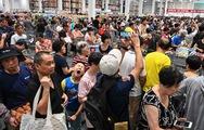 Siêu thị Mỹ khai trương, dân Trung Quốc chen mua... hỗn loạn