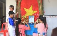 Lăng kính 24g: Lập bàn thờ Tổ quốc ngày Tết nơi tận cùng đất nước