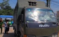 Khởi tố 11 người ném đá xe đặc chủng CSGT