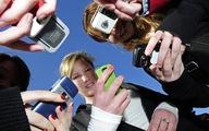 Pháp sẽ cấm học sinh cấp 1, cấp 2 xài điện thoại