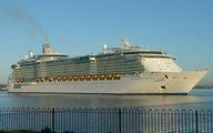 Hơn 300 người nhiễm virút trên tàu du lịch lớn nhất thế giới