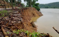 Sông Son sạt lở nghiêm trọng đe dọa đường dân sinh độc đạo