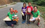 Một người Hàn đi bộ khắp Việt Nam tặng học bổng cho trẻ em nghèo