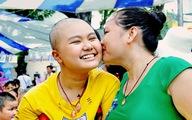 'Chụp ảnh bệnh nhi để truyền thông điệp yêu thương'