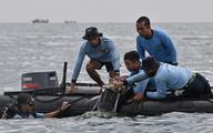 Vụ máy bay rơi tại Indonesia: Bắt đầu trục vớt 2 hộp đen
