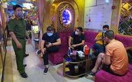 Xử lý quán bar, karaoke vi phạm phòng dịch:  Rút giấy phép rồi sao, có 'kim thiền thoát xác'?