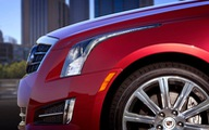 "Cadillac ATS ""so kè"" Lexus IS"