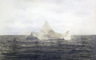 32.000 USD cho bức ảnh chụp tảng băng tàu Titanic đâm chìm