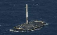 SpaceX đáp thành công tên lửa xuống tàu trên biển