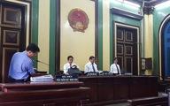 Không cận thị mới được dự tuyển vào Học viện Tòa án
