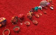 Ngắm chùm ảnh tuyệt đẹptrên đồng ớt chín ở Bangladesh