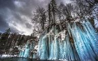 Thác nước đóng băng đẹp mê hồn tại Croatia