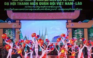 Thanh niên Việt - Lào chung dãy Trường Sơn, thắm tình đồng chí