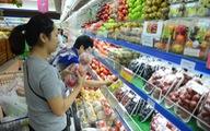 Người Việt 'rót tiền'mua trái cây ngoại