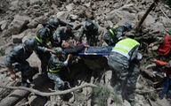 Động đất ở Trung Quốc: người dân tố bị bỏ mặc