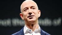Ông chủ Amazon soán ngôi Bill Gates trong vài giờ