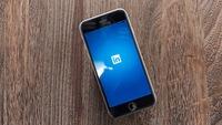 Microsoft phải cho phép bên thứ ba truy cập vào dữ liệu Linkedin