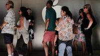 Apple 'rối' vì người dùng iPhone ồ ạt thay pin mới
