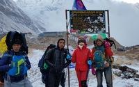 Xuyên băng tuyết ngắm bình minh trên dãy Annapurna