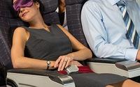 Mặc áo bó sát thân thể coi chừng không được lên máy bay