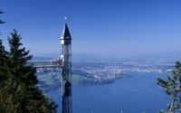 Đi thang máy ngoài trời cao nhất châu Âu