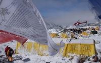 Sợ dư chấn, nhiều công ty du lịch hủy leo núi Everest