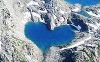 Những hồ trái tim đẹp nhất châu Á