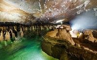 Chính thức khai thác tuyến du lịch hang Va và Nước Nứt
