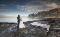Sau cưới, nắm tay nàng đi khắp núi non