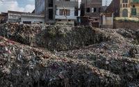 Những địa điểm du lịch bị ô nhiễm