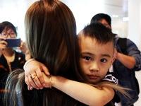 Đón dâu miền Tây từ Đài Loan về ăn tết ở sân bay Cần Thơ