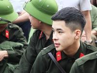 Thanh niên Nghệ An nhập ngũ quyết 'vượt nắng, thắng mưa'